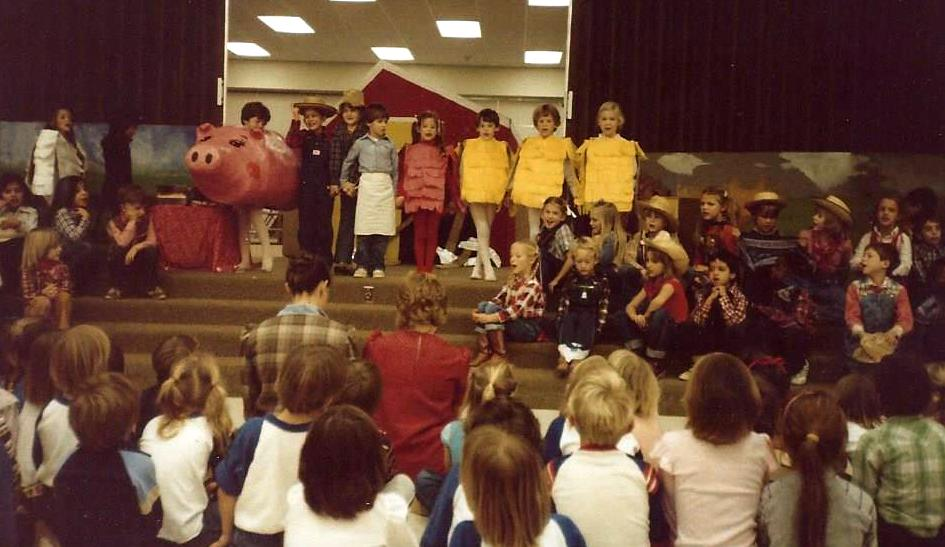 little red hen play2